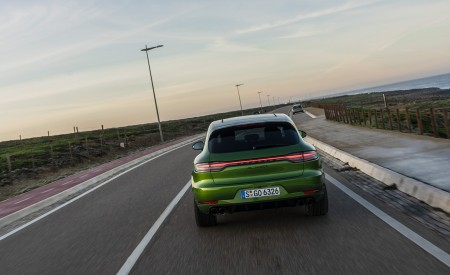 2020 Porsche Macan GTS (Color: Mamba Green Metallic) Rear Wallpapers 450x275 (129)