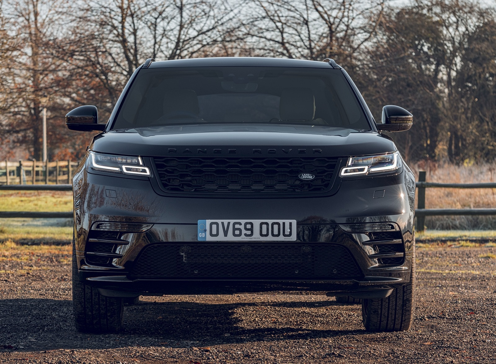 2020 Range Rover Velar R-Dynamic Black Front Wallpapers (10)