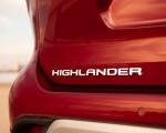 2020 Toyota Highlander Platinum Hybrid AWD (Color: Ruby Flare Pearl) Badge Wallpapers 150x120 (5)