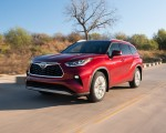 2020 Toyota Highlander Platinum Hybrid AWD (Color: Ruby Flare Pearl) Front Three-Quarter Wallpapers 150x120 (3)