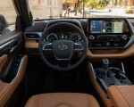 2020 Toyota Highlander Platinum Hybrid AWD (Color: Ruby Flare Pearl) Interior Wallpapers 150x120 (27)