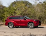 2020 Toyota Highlander Platinum Hybrid AWD (Color: Ruby Flare Pearl) Side Wallpapers 150x120 (4)