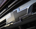 2021 Chevrolet Tahoe RST Badge Wallpapers 150x120 (11)