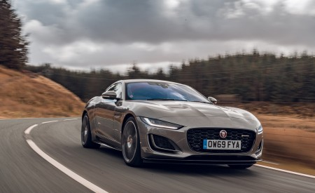 2021 Jaguar F-TYPE Coupe R-Dynamic P450 AWD (Color: Eiger Grey) Front Three-Quarter Wallpapers 450x275 (43)