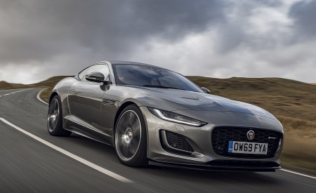 2021 Jaguar F-TYPE Coupe R-Dynamic P450 AWD (Color: Eiger Grey) Front Three-Quarter Wallpapers 450x275 (44)