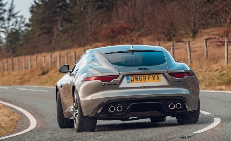 2021 Jaguar F-TYPE Coupe R-Dynamic P450 AWD (Color: Eiger Grey) Rear Wallpapers 450x275 (47)