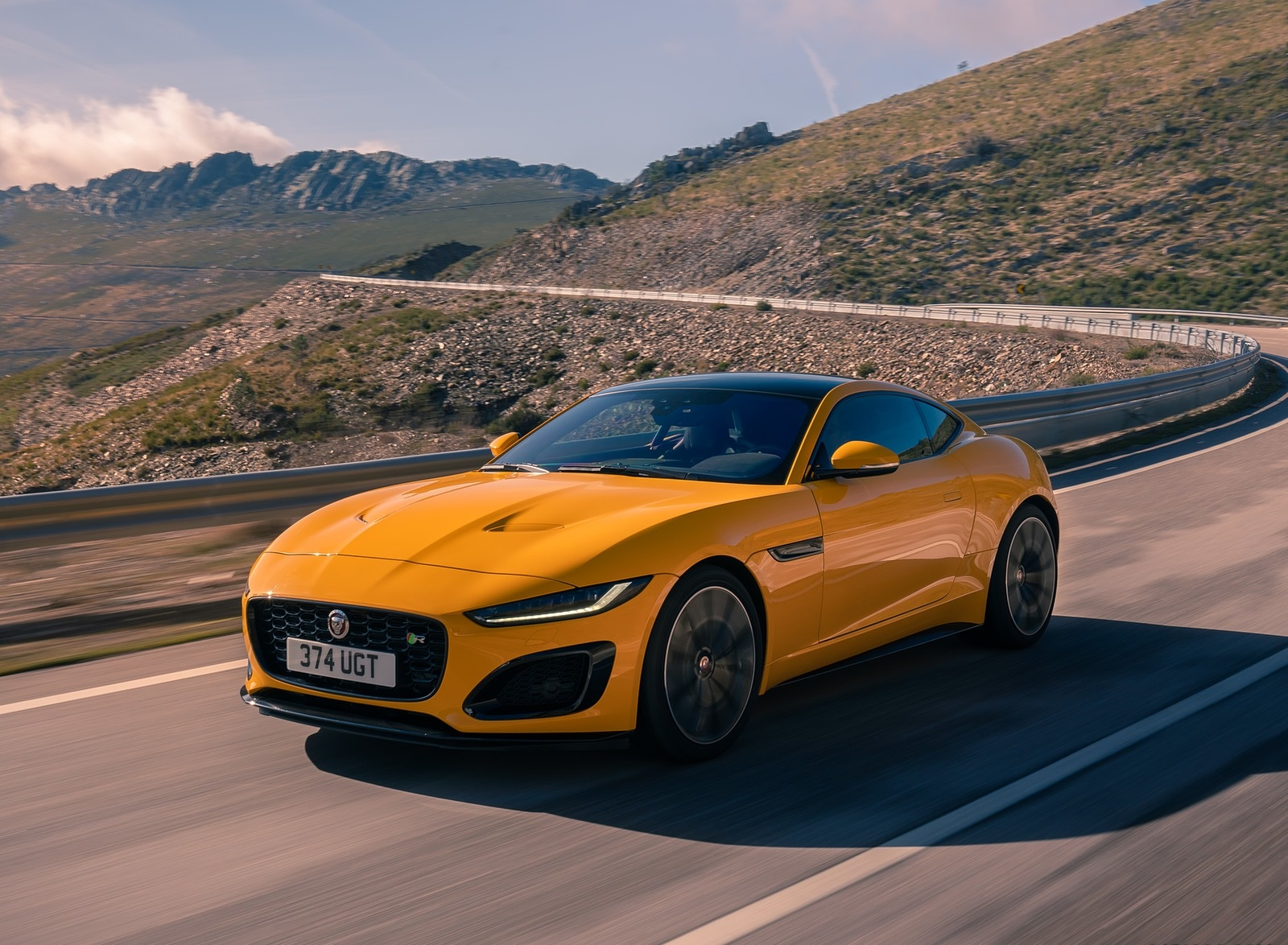 2021 Jaguar F-TYPE R Coupe AWD (Color: Sorrento Yellow) Front Three-Quarter Wallpapers (9)