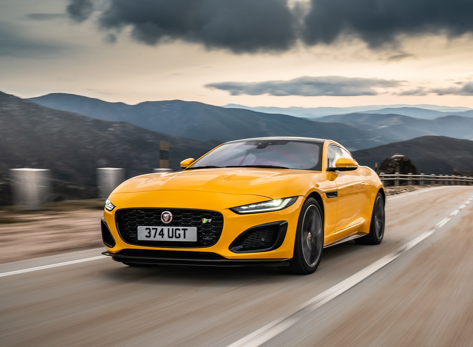 2021 Jaguar F-TYPE R Coupe AWD (Color: Sorrento Yellow) Front Three-Quarter Wallpapers (1)