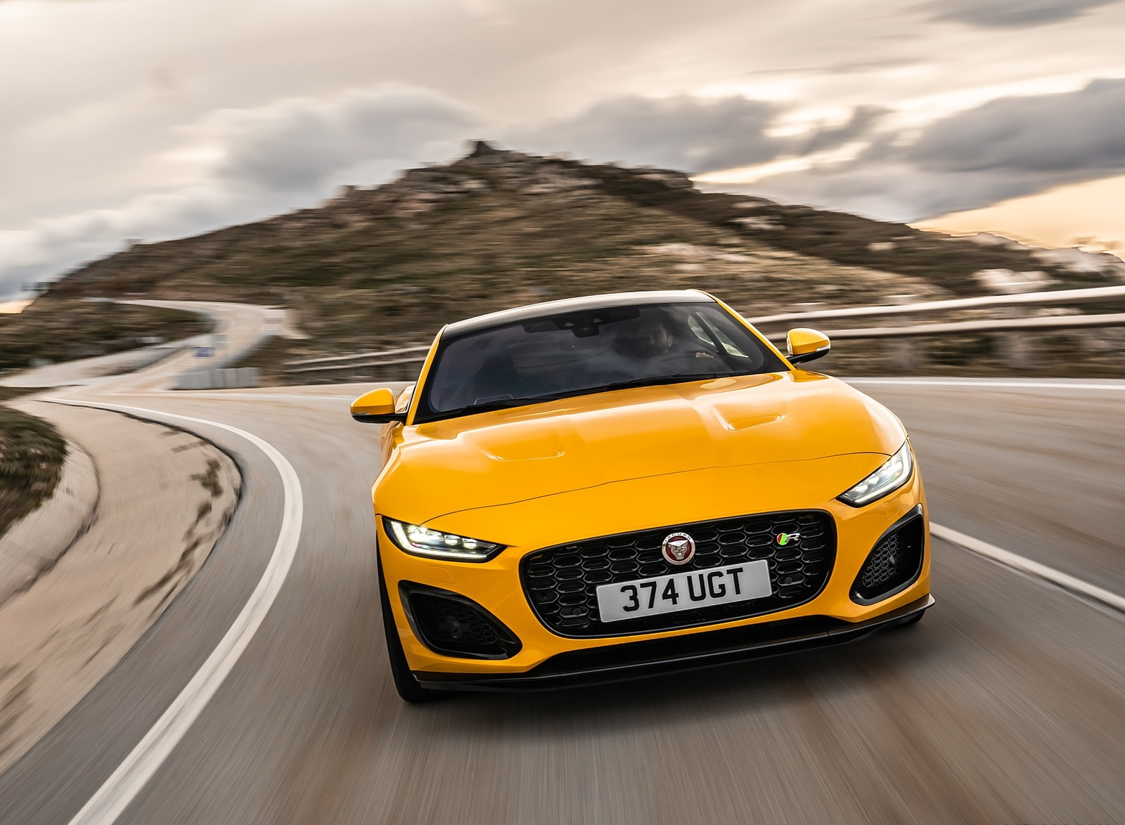 2021 Jaguar F-TYPE R Coupe AWD (Color: Sorrento Yellow) Front Wallpapers (3)