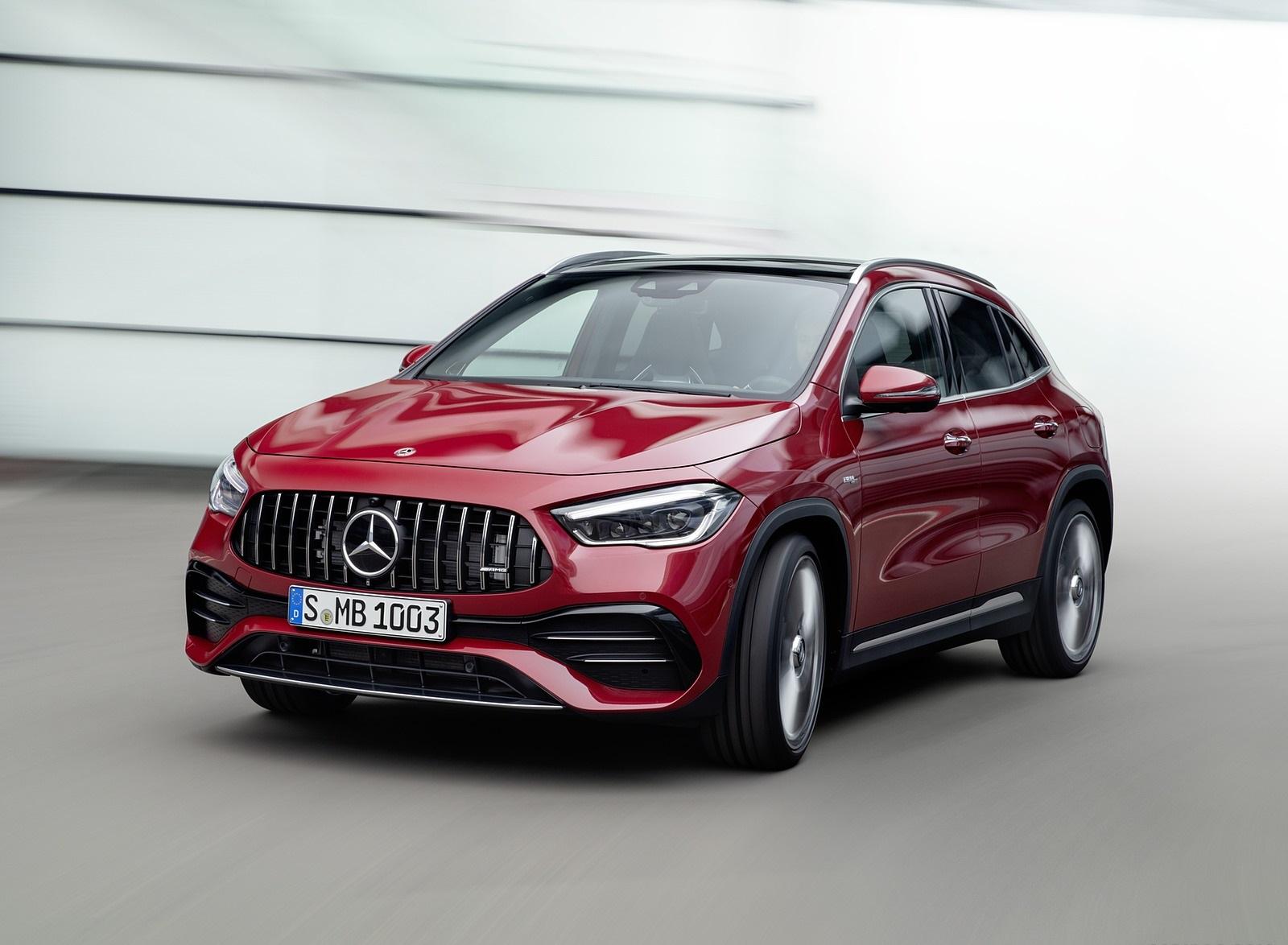 2021 Mercedes-AMG GLA 35 4MATIC Front Three-Quarter Wallpapers (3)