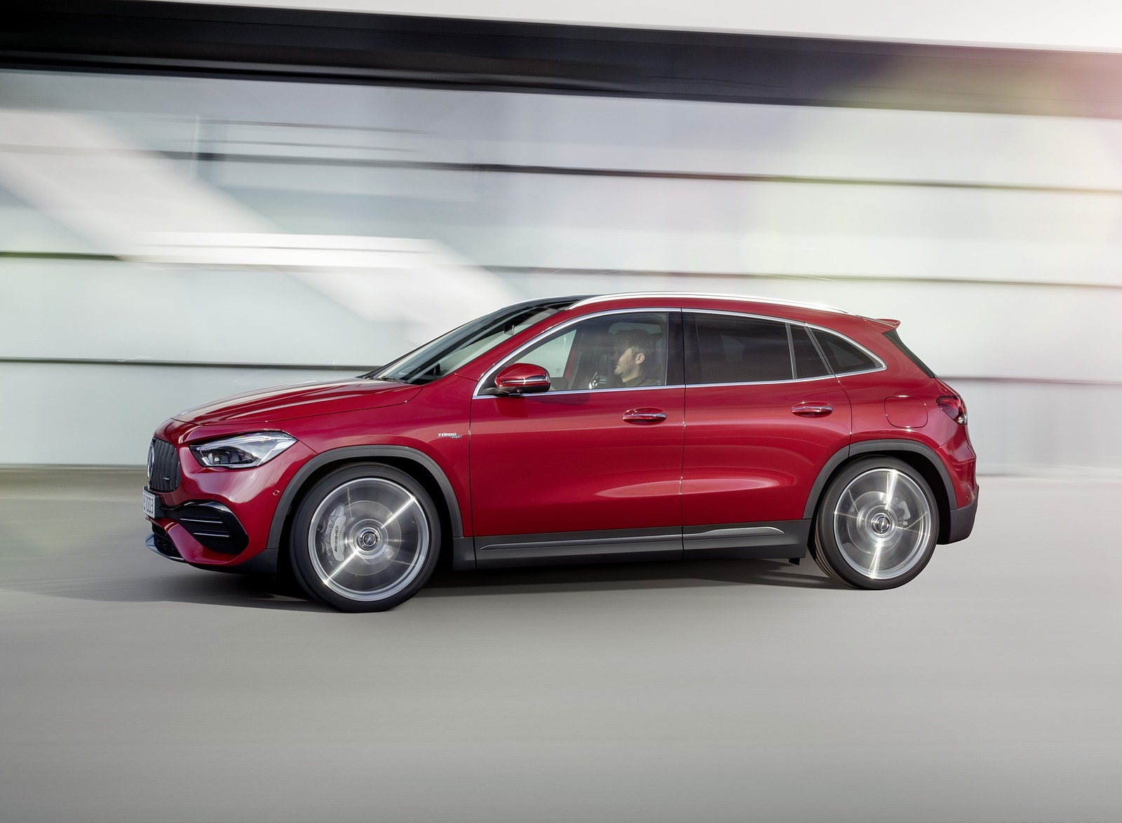 2021 Mercedes-AMG GLA 35 4MATIC Side Wallpapers (5)