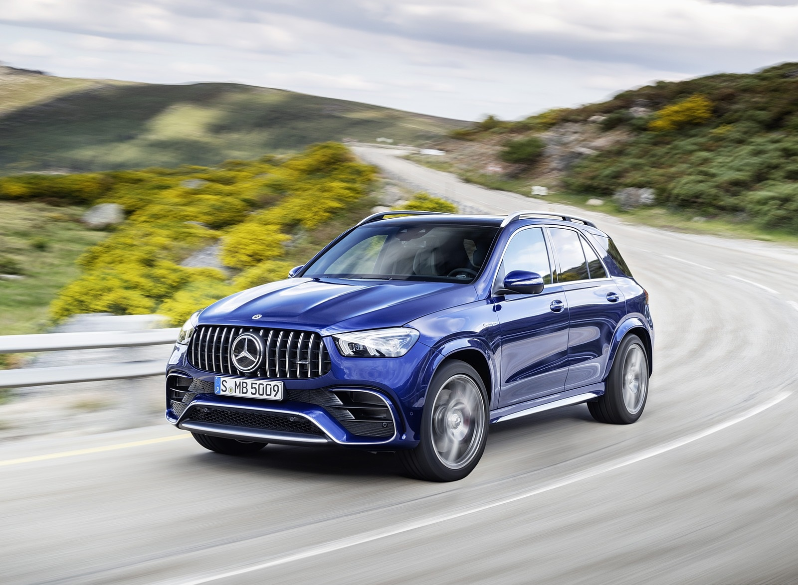 2021 Mercedes-AMG GLE 63 S 4MATIC Front Three-Quarter Wallpapers (1)