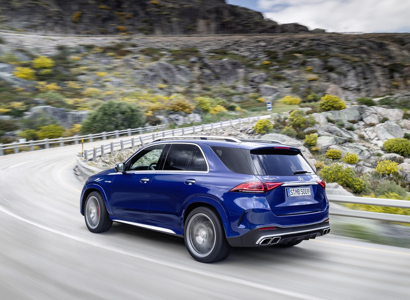 2021 Mercedes-AMG GLE 63 S 4MATIC Rear Three-Quarter Wallpapers (8)