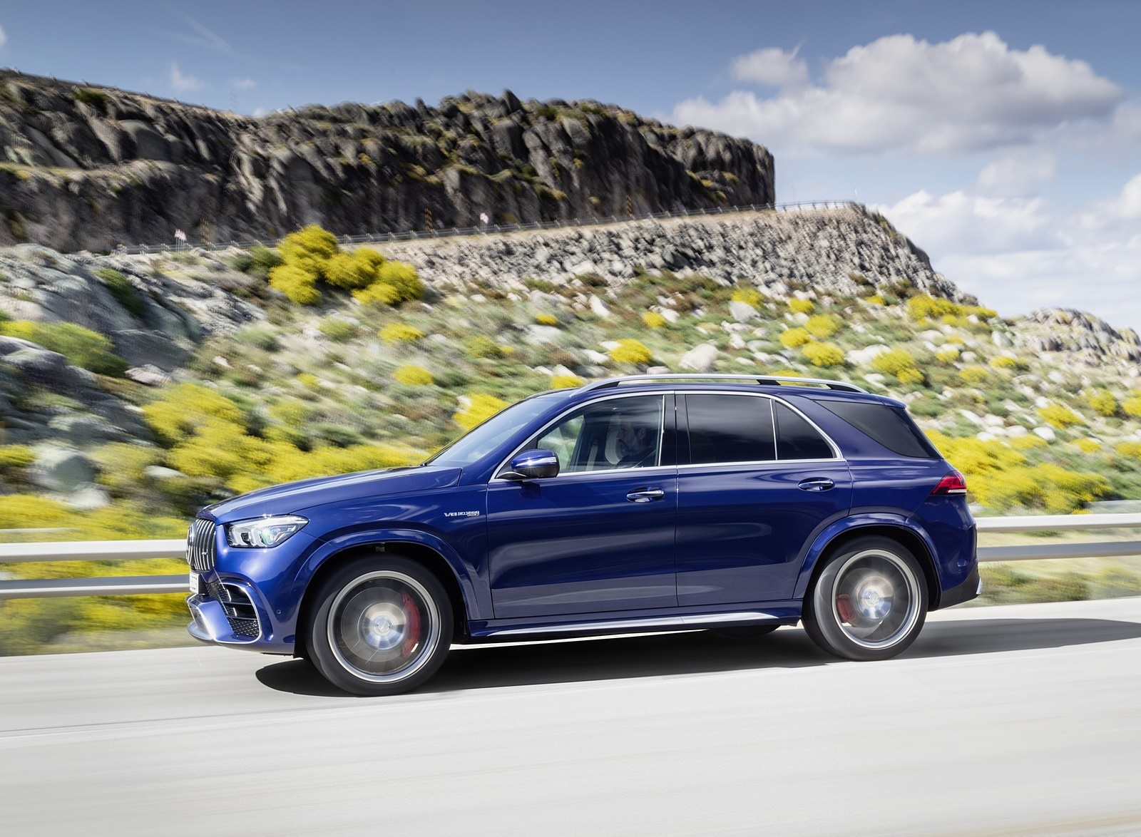 2021 Mercedes-AMG GLE 63 S 4MATIC Side Wallpapers (10)