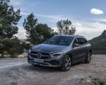 2021 Mercedes-Benz GLA 220d (Color: Mountain Grey Magno) Front Three-Quarter Wallpapers 150x120 (31)