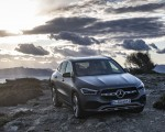 2021 Mercedes-Benz GLA 220d (Color: Mountain Grey Magno) Front Three-Quarter Wallpapers 150x120 (34)