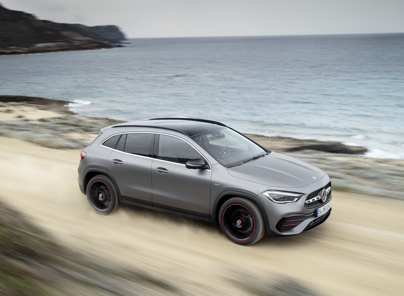 2021 Mercedes-Benz GLA Edition1 AMG Line (Color: Mountain Grey MAGNO) Front Three-Quarter Wallpapers (5)