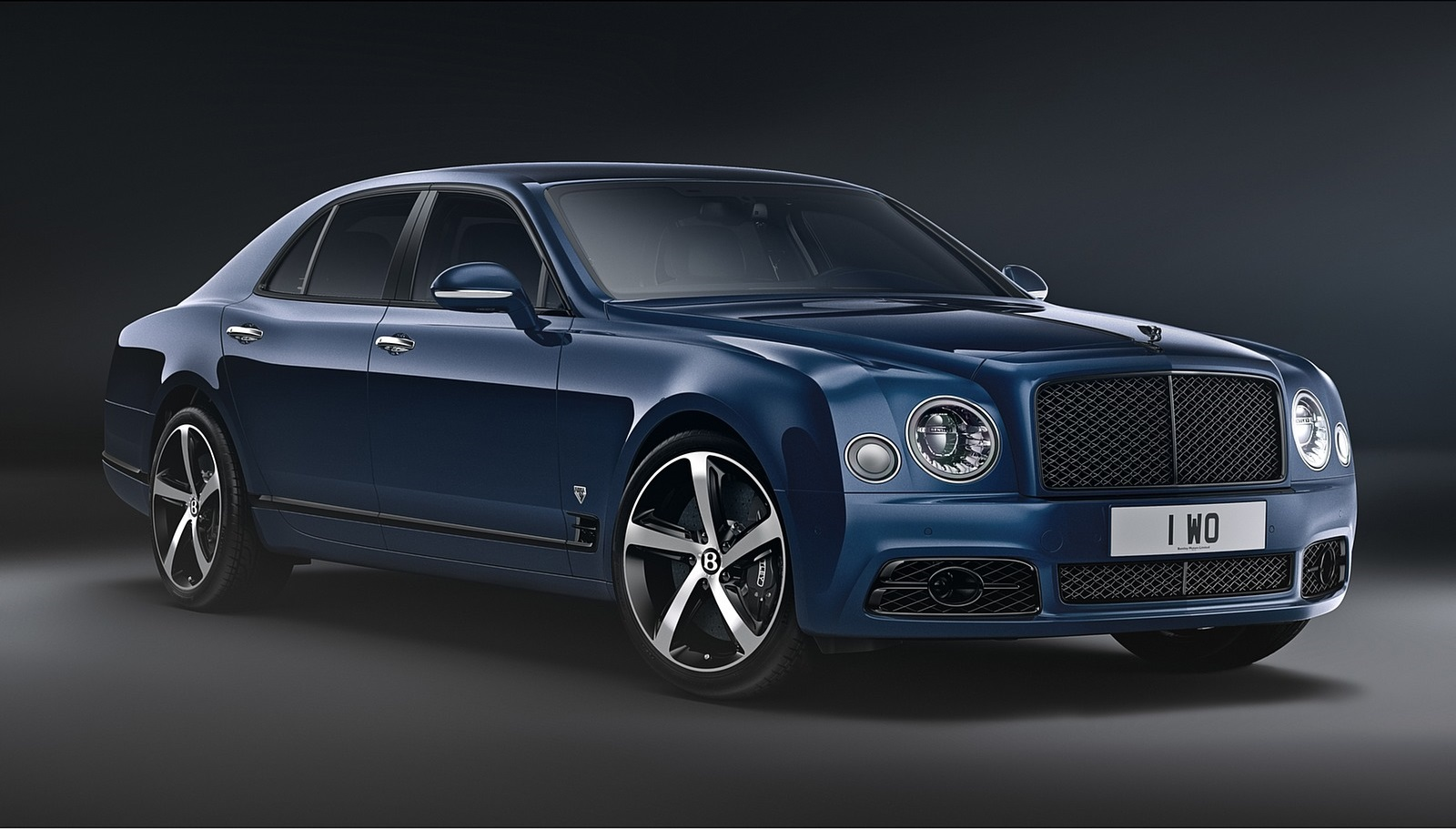 2020 Bentley Mulsanne 6.75 Edition by Mulliner Front Three-Quarter Wallpapers (2)