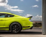 2020 Ford Mustang R-Spec (Color: Grabber Lime) Detail Wallpapers 150x120 (34)