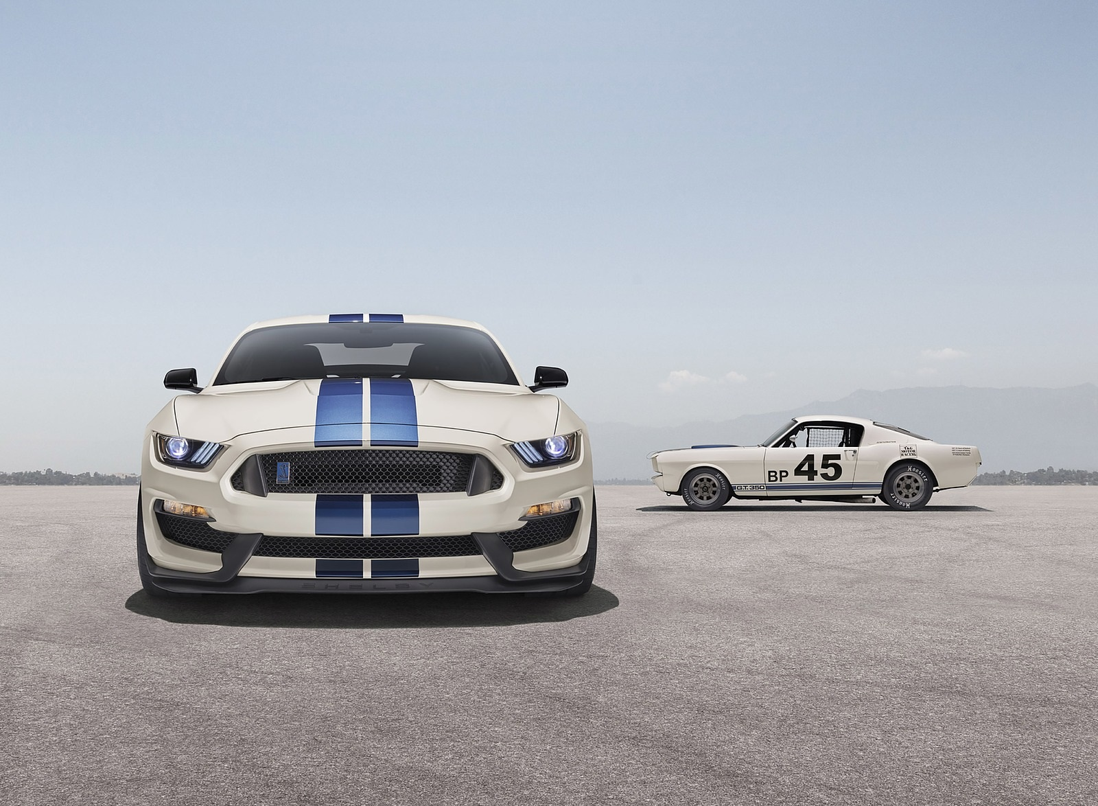 2020 Ford Mustang Shelby GT350 Heritage Edition Package Front Wallpapers (8)