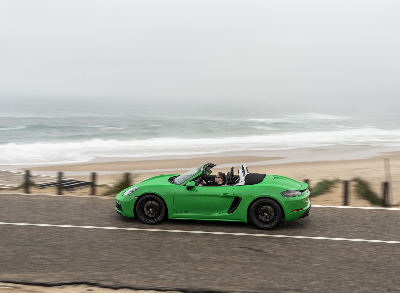 2020 Porsche 718 Boxster GTS 4.0 (Color: Phyton Green) Side Wallpapers (5)