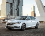 2020 Skoda Superb iV Plug-In Hybrid Front Three-Quarter Wallpapers 150x120 (33)