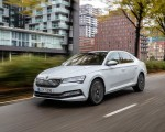 2020 Skoda Superb iV Plug-In Hybrid Front Three-Quarter Wallpapers 150x120 (3)