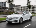 2020 Skoda Superb iV Plug-In Hybrid Front Three-Quarter Wallpapers 150x120 (5)
