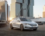 2020 Skoda Superb iV Plug-In Hybrid Front Three-Quarter Wallpapers 150x120 (37)