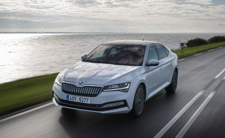 2020 Skoda Superb IV Wallpapers HD