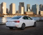 2020 Skoda Superb iV Plug-In Hybrid Rear Three-Quarter Wallpapers 150x120 (38)