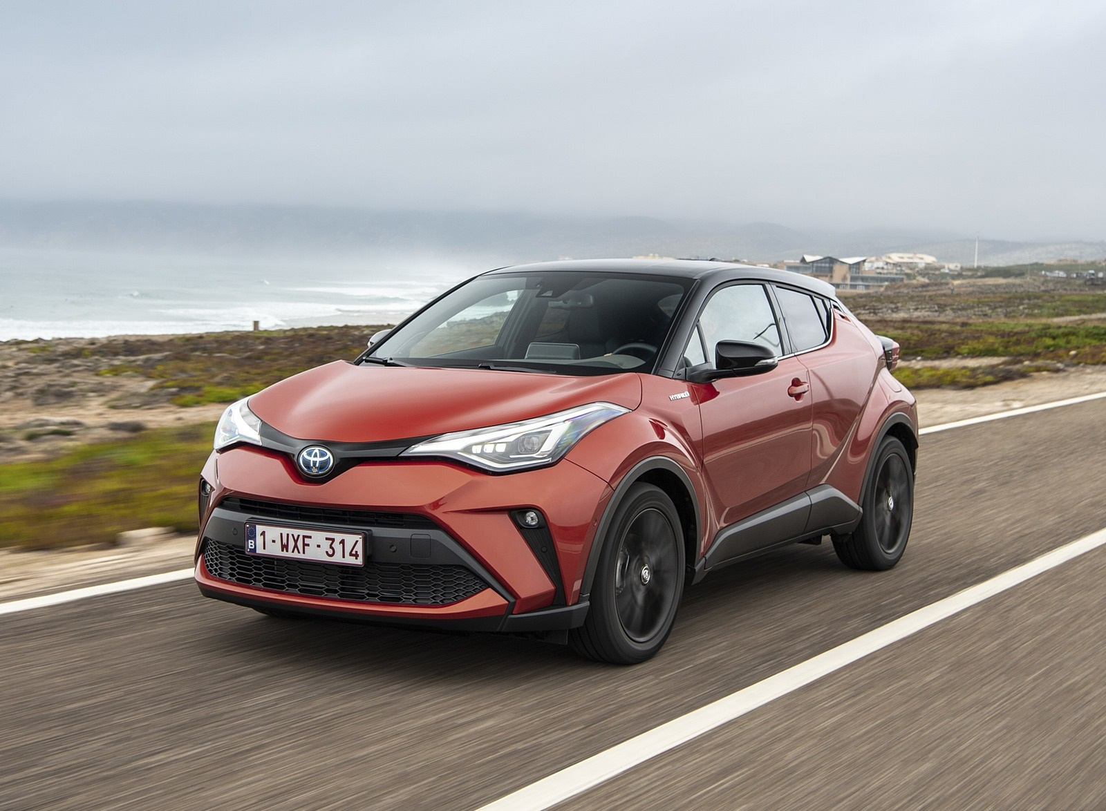 2020 Toyota C-HR Hybrid (Euro-Spec) Front Three-Quarter Wallpapers (2)