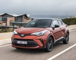2020 Toyota C-HR Hybrid (Euro-Spec) Front Three-Quarter Wallpapers 150x120 (4)