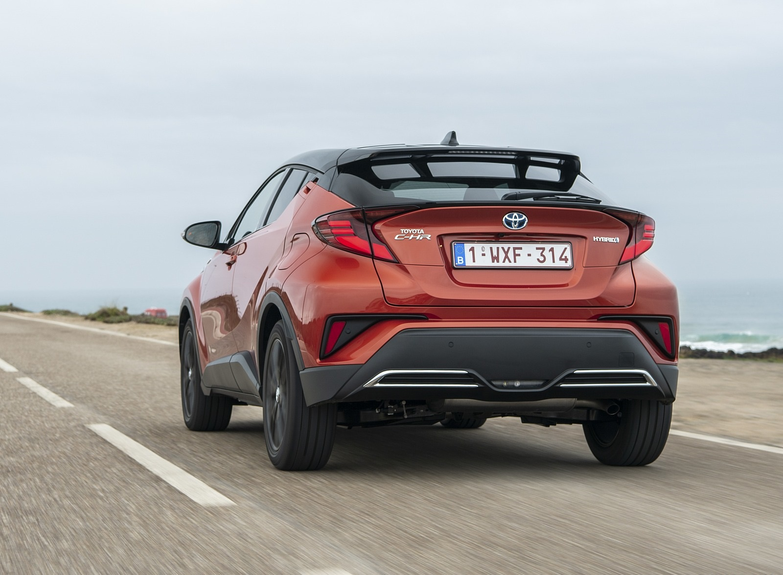 2020 Toyota C-HR Hybrid (Euro-Spec) Rear Three-Quarter Wallpapers (7)