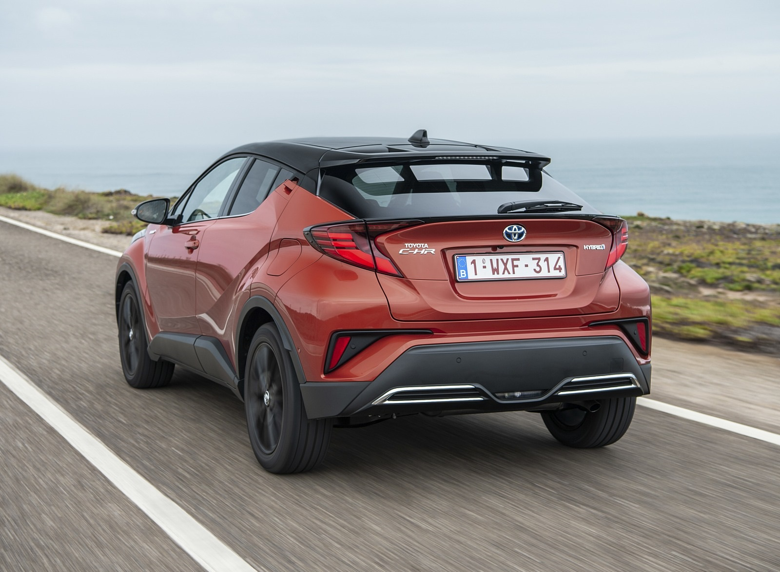 2020 Toyota C-HR Hybrid (Euro-Spec) Rear Three-Quarter Wallpapers (9)