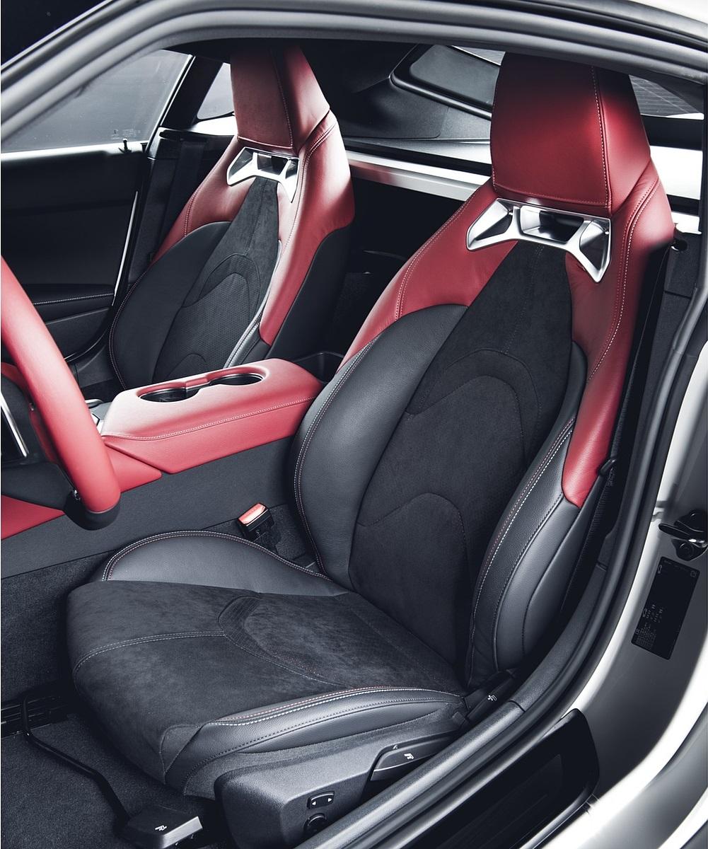 2020 Toyota GR Supra 2.0L Interior Seats Wallpapers (10)