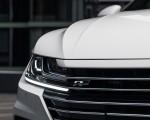 2020 Volkswagen Arteon SEL R-Line Edition (US-Spec) Grill Wallpapers 150x120 (14)
