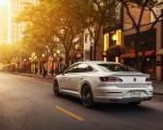 2020 Volkswagen Arteon SEL R-Line Edition (US-Spec) Rear Three-Quarter Wallpapers 150x120 (3)
