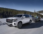 2021 GMC Yukon AT4 Front Three-Quarter Wallpapers 150x120 (2)