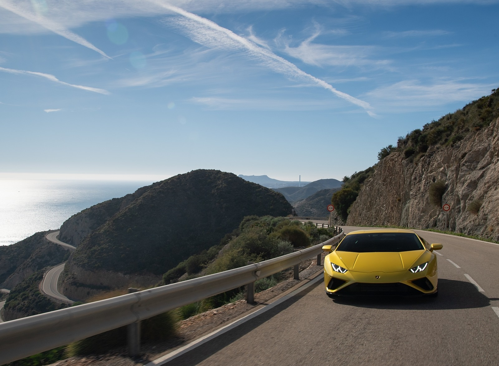 2021 Lamborghini Huracán EVO RWD Front Wallpapers (5)
