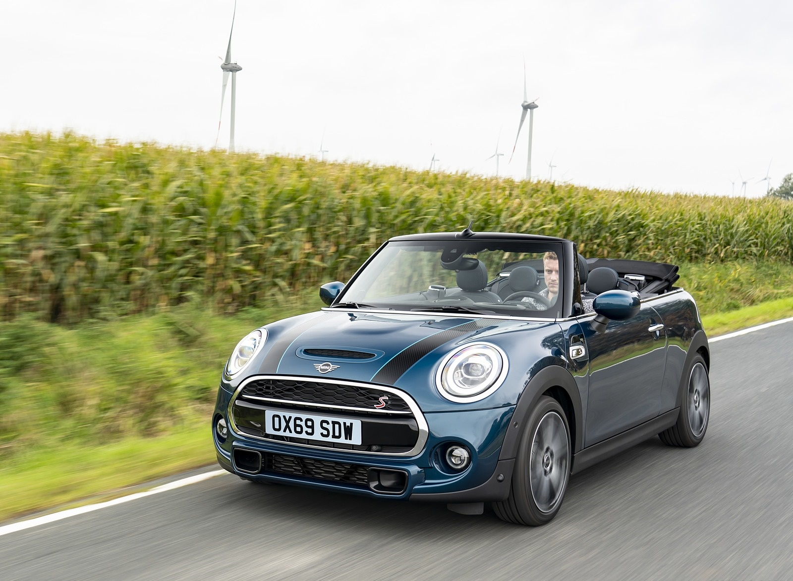 2021 MINI Convertible Sidewalk Edition Front Three-Quarter Wallpapers (7)