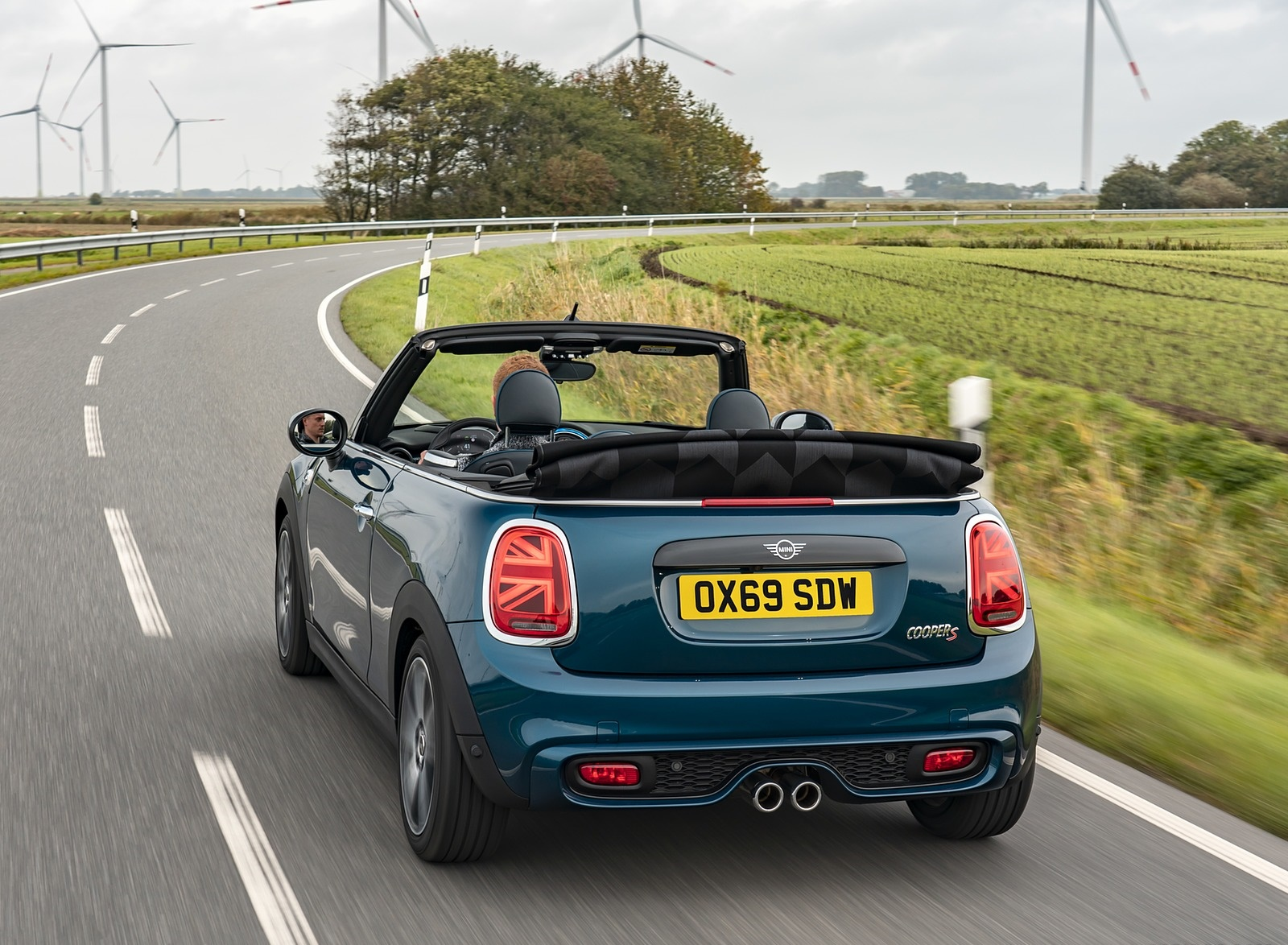 2021 MINI Convertible Sidewalk Edition Rear Three-Quarter Wallpapers (4)