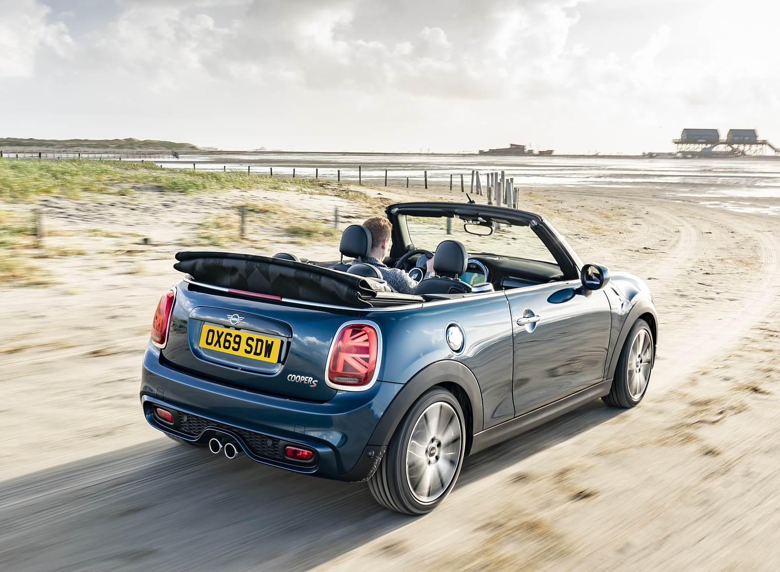 2021 MINI Convertible Sidewalk Edition Rear Three-Quarter Wallpapers (5)