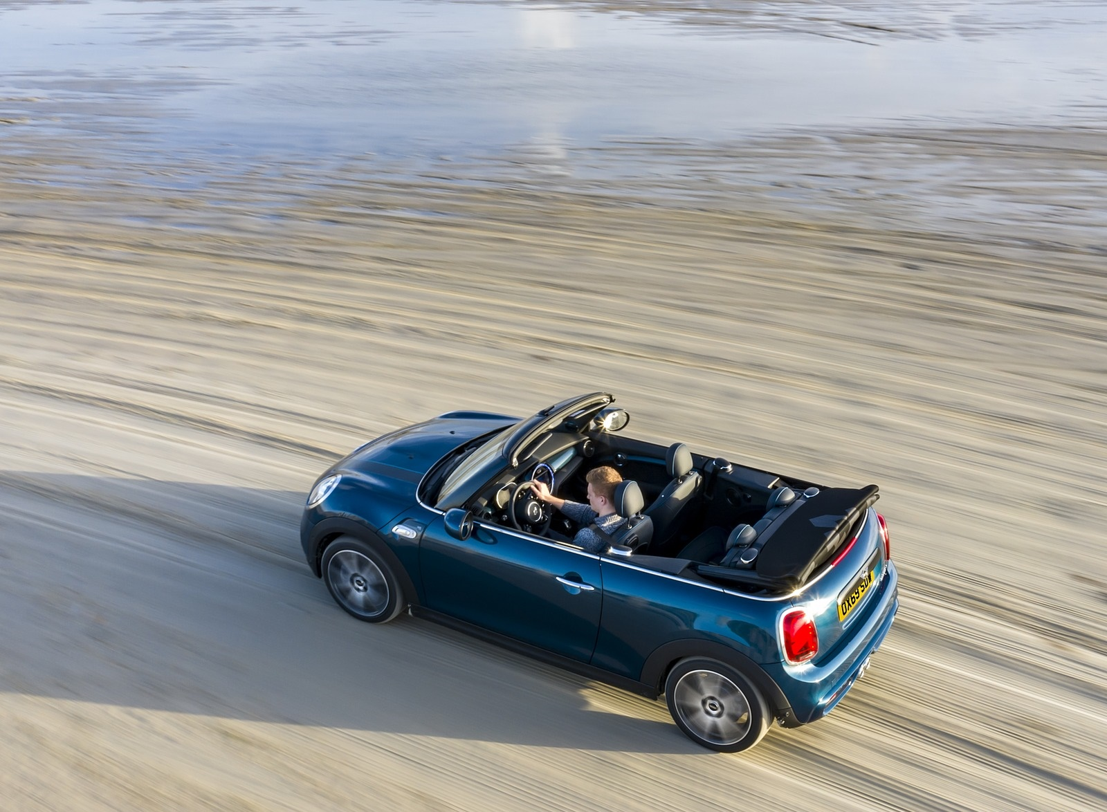 2021 MINI Convertible Sidewalk Edition Top Wallpapers (6)