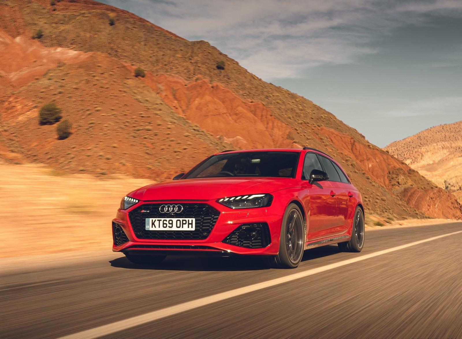 2020 Audi RS 4 Avant (UK-Spec) Front Three-Quarter Wallpapers (2)