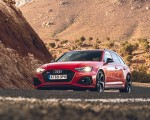2020 Audi RS 4 Avant (UK-Spec) Front Three-Quarter Wallpapers 150x120 (41)