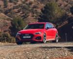 2020 Audi RS 4 Avant (UK-Spec) Front Three-Quarter Wallpapers 150x120 (32)