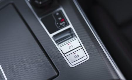 2020 Audi RS 6 Avant (UK-Spec) Central Console Wallpapers 450x275 (121)