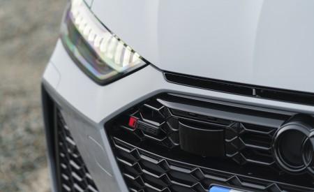 2020 Audi RS 6 Avant (UK-Spec) Detail Wallpapers 450x275 (76)