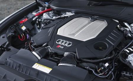 2020 Audi RS 6 Avant (UK-Spec) Engine Wallpapers 450x275 (105)